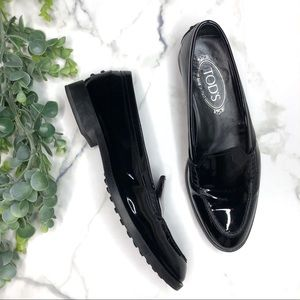 TOD'S Black Patent Leather Loafers
